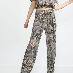 Zara Basic Paisley Loose Fit Trousers Front Pleat